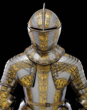 Armatura di ragazzo probabilmente realizzata per il principe Henry Stuart, 1607. Adesso si trova nella Line of Kings Exhibition nella Torre di Londra.