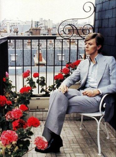 David Bowie, Parigi, 1977. Fotografia di Christian Simonpietri