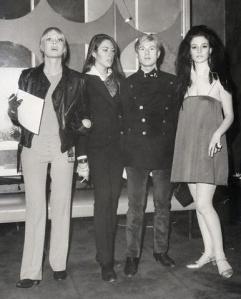 Nico, Mary Woronov, Andy Warhol e Susan Bottomly