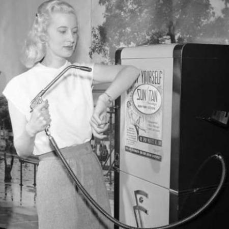 1949. Macchinetta automatica per l'abbronzatura
