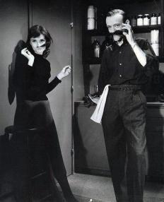 """Audrey Hepburn e Fred Astaire sul set di """"Cenerentola a Parigi"""", 1956"""