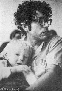 Bernie Sanders e suo figlio, Levi, 1971