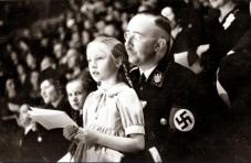 Himmler con sua figlia Gulrun, 1938