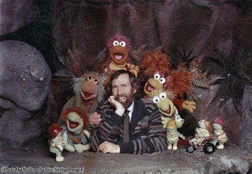 Jim Henson con alcuni del cast Muppet da 'Fraggle Rock', circa 1985