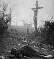L'album di Walter Kleinfeldt mostra le conseguenze di uno scontro durante la battaglia di Somme, 1916