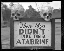 Pubblicità per Atabrine, una medicina contro la malaria, Papa Nuova Guinea, WWII In Papa Nuova Guinea, durante la Seconda Guerra Mondiale