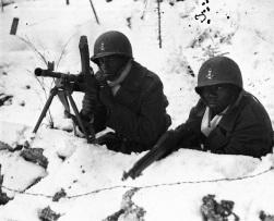 Soldati di colore che combattono in Francia, 1944