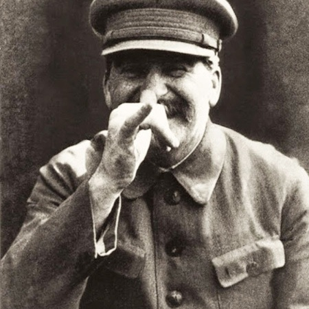 Stalin in una foto non ufficiale scattata dalla sua guardia del corpo Vlasik