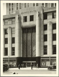 L'ingresso della Empire State Building 1931 (NYPL)