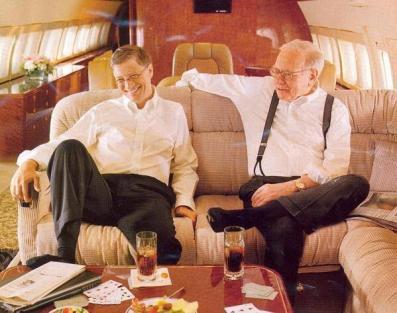 Bill Gates e Warren Buffett. Patrimonio netto combinato $ 130.000.000.000