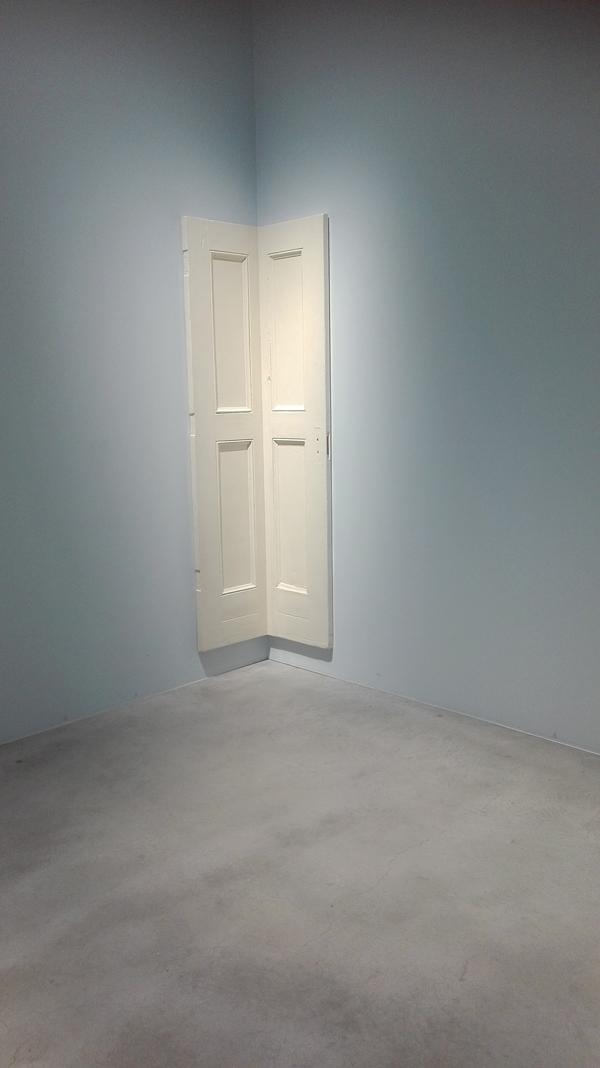 Robert Gober - Corner Door and Doorframe (2014-2015)