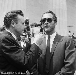 Intervista a Paul Newman al Lincoln Memorial durante la Marcia per i diritti civili a Washington 1963
