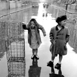 Ken Russell - Orphans of the Storm, 1954