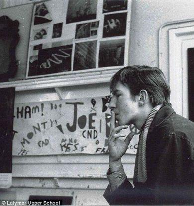 Alan Rickman a 18 anni, 1964