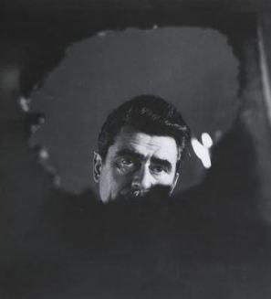 Alberto Burri, 1961. Fotografia di Ugo Mulas
