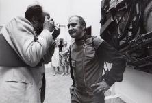 Arman, con il giornalista Rolly Marchi, 1968