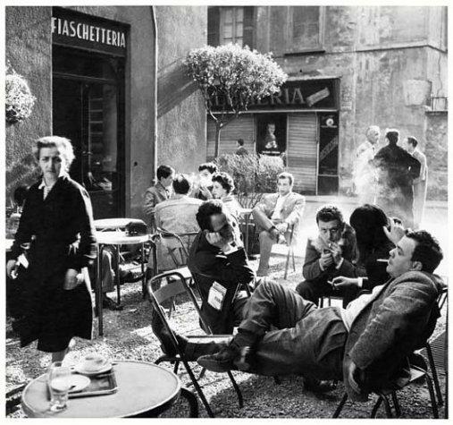 Bar Jamaica - Lina Mainini, Alfa Castaldi, Arturo Carmassi e Cesare Peverelli. Fotografia di Ugo Mulas
