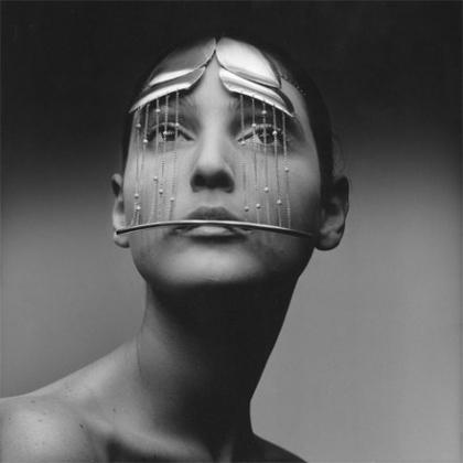 Gioielli di Pietro Consagra, 1969. Fotografia di Ugo Mulas