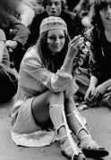 Hippies si riuniscono in Hyde Park per chiedere la legalizzazione della cannabis nel 1968