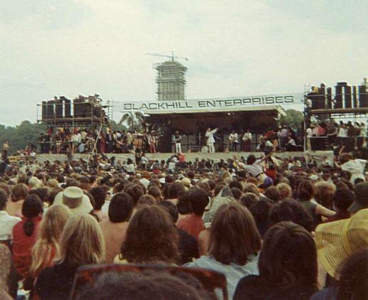 I fan all'Hyde Park durante un concerto dei Rolling Stones, 1969