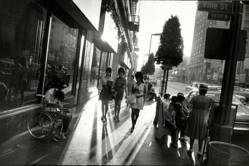 Los Angeles, California, 1969. Foto di Garry Winogrand