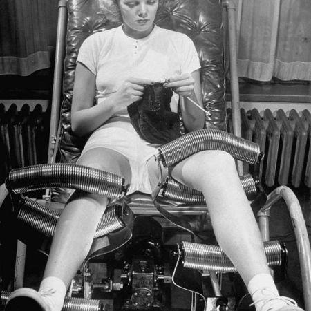 Macchina usata per sciogliere il grasso delle gambe, 1936