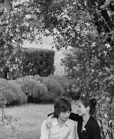 Mick Jagger e la sua fidanzata del Nicaragua Bianca Perez poco prima del loro matrimonio a St Tropez, Francia il 8 maggio 1971