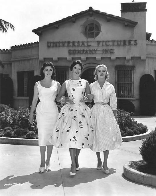 Miss Universo, Miss Germania e Miss Svezia, California, 1957