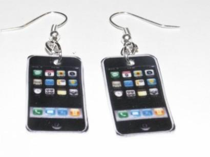 Orecchini smartphone per essere sempre connessi