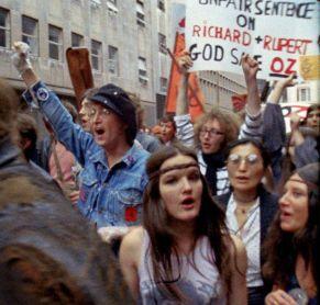John Lennon in una manifestazione di protesta, NYC, primi anni 70