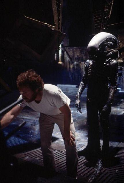 Ridley Scott con la creatura Alien