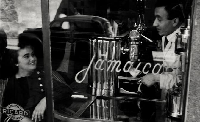 Bar Giamaica, 1953-54. Fotografia di Ugo Mulas