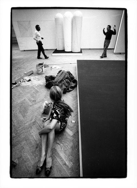 "Venezia, 1968. Sala di Gastone Novelli, XXXIV Esposizione Biennale Internazionale d'Arte ""Photo Ugo Mulas © Ugo Mulas Heirs. All rights reserved"""