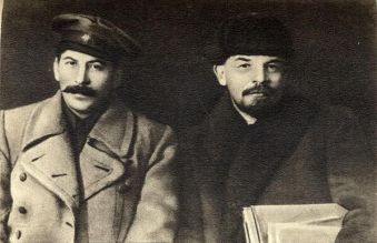 Vladimir Lenin e Joseph Stalin, 1919