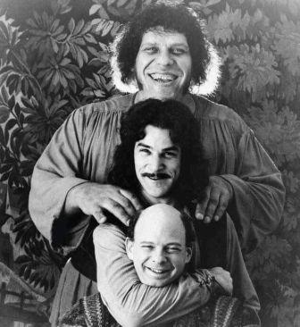 Andre the Giant, Mandy Patinkin e Wallace Shawn sul set di 'The Princess Bride' 1987
