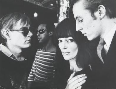 Andy Warhol e Ivy Nicholson , 1964. Fotografia di Ugo Mulas