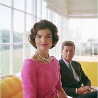 Jackie e John F. Kennedy fotografati da Mark Shaw. Hyannis Port, 1959