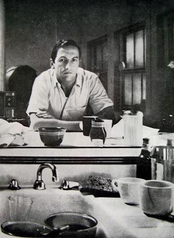 Portrait of robert rauschenberg , ca. 1964. Fotografia di Ugo Mulas