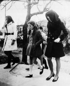 Ritratto di Jacqueline Onassis, Caroline Kennedy e Christina
