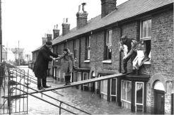 Inondazioni per le strade di Londra, 1953