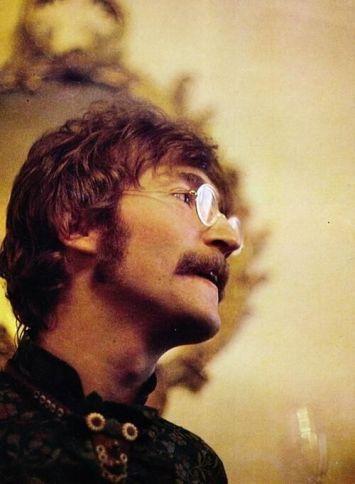 John Lennon fotografato da Linda McCartney, 1968