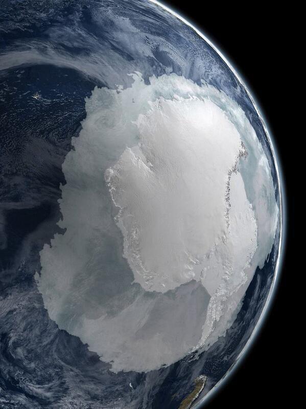 L'Antartide visto dallo spazio. Fotografia dalla NASA