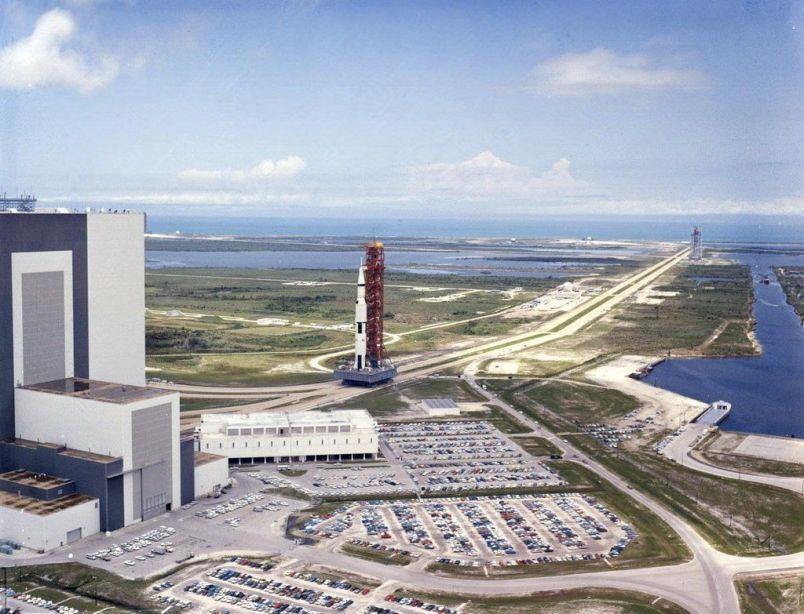 Apollo 11 è stato lanciato dal sito di lancio del Kennedy Space Center nel luglio 1969