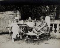 Brancusi, Duchamp e Mary Reynolds, Villa Marguerite a Villefranche-sur-mer,1931