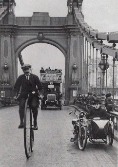 Hammersmith bridge, Londra 1910