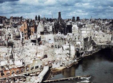 Norimberga, Germania. Le rovine, Giugno 1945