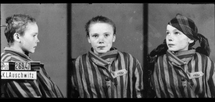Czeslawa Kwoka, 14 anni, ad Auschwitz, dicembre 1942. Fotografia di Wilhelm Brasse