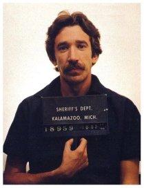 Foto segnaletica di Tim Allen per traffico di droga, 1979