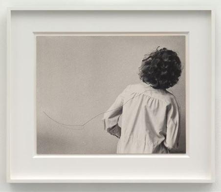 Helena Almeida - Desenho Habitado (Inhabited Drawing), 1975