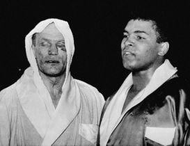 Henry Cooper dopo lo scontro con Mohammed Ali, 1963